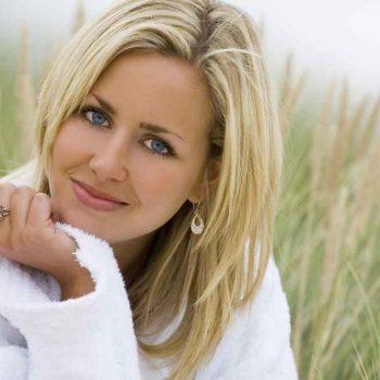 włosy po laseroterapii na łysienie